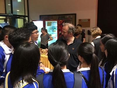 新亚中学高中德国项目班配备高水准的师资团队