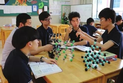 世界外国语学校老校长告诉你:国际学校是如何培养孩子的