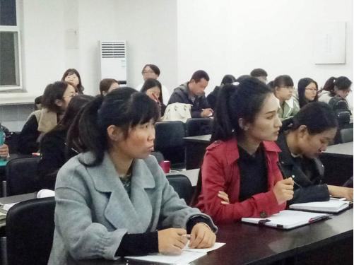 河北苍龙国际学校老师的专业永远在路上