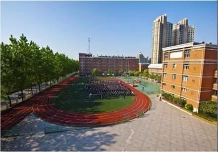 【每日一校】进华中学国际部