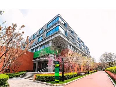 上海市平和双语学校斩获4枚牛津Offer