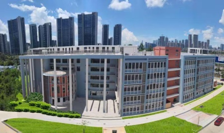 深圳中宏国际书院校园环境怎么样?学校设施好吗?